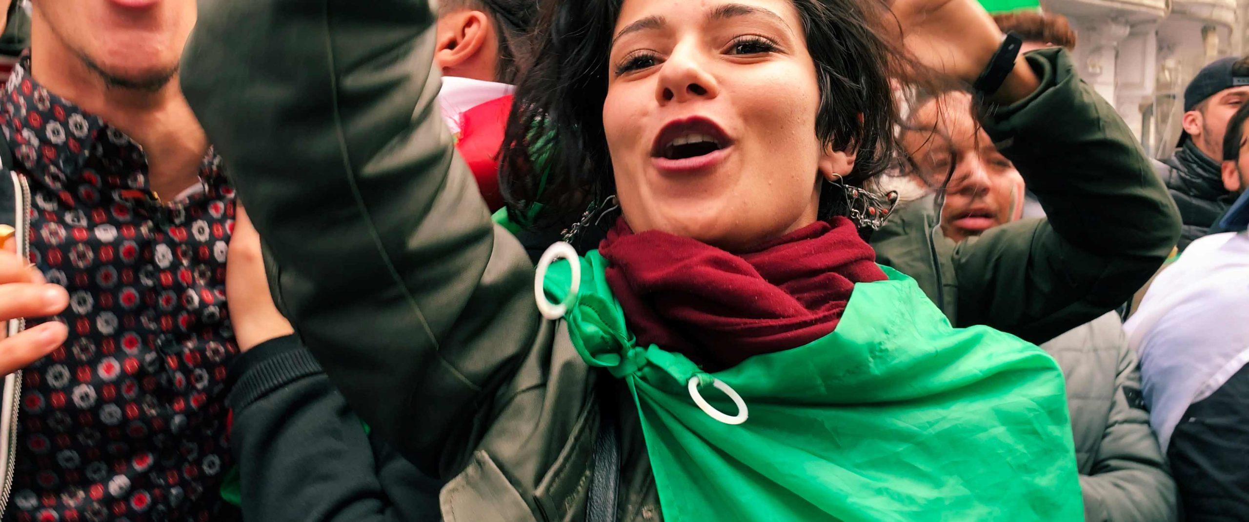 Nardjes A. – Un giorno nella vita di una manifestante algerina <br/> <span> Ainouz Karim </span>